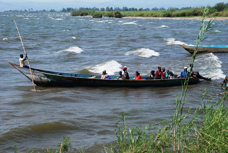 Mange lever av sjøen i Got Cachola og bruker båter til å frakt og fiske